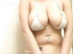 Stunner with large Tits in the