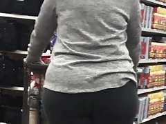 Mummy phat ass white girl