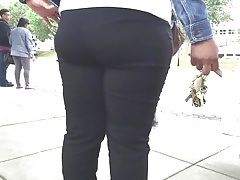 Large Butted Ebony Girl..
