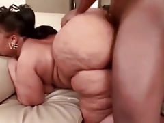Phat booty gets humped